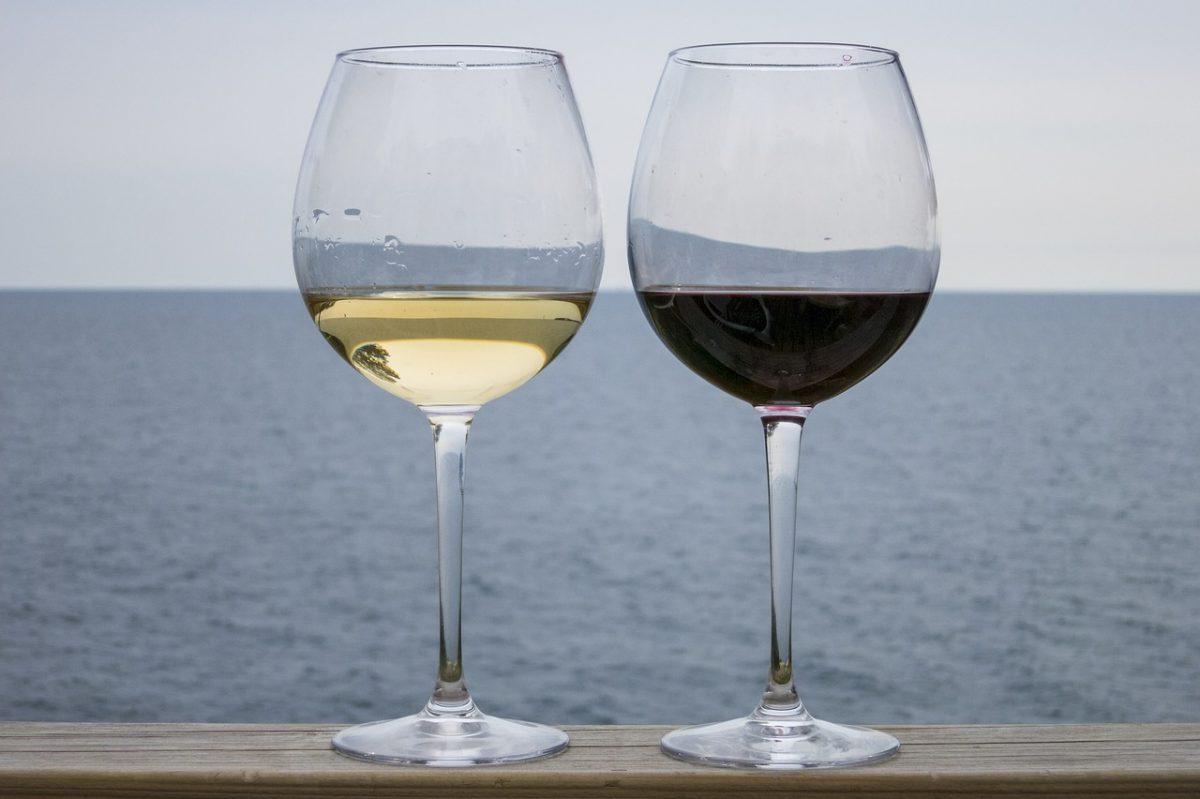 white wine, red wine